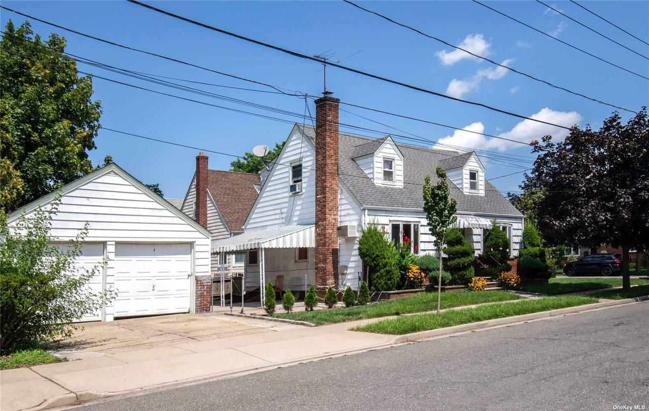 65 Webster Street - Photo 1