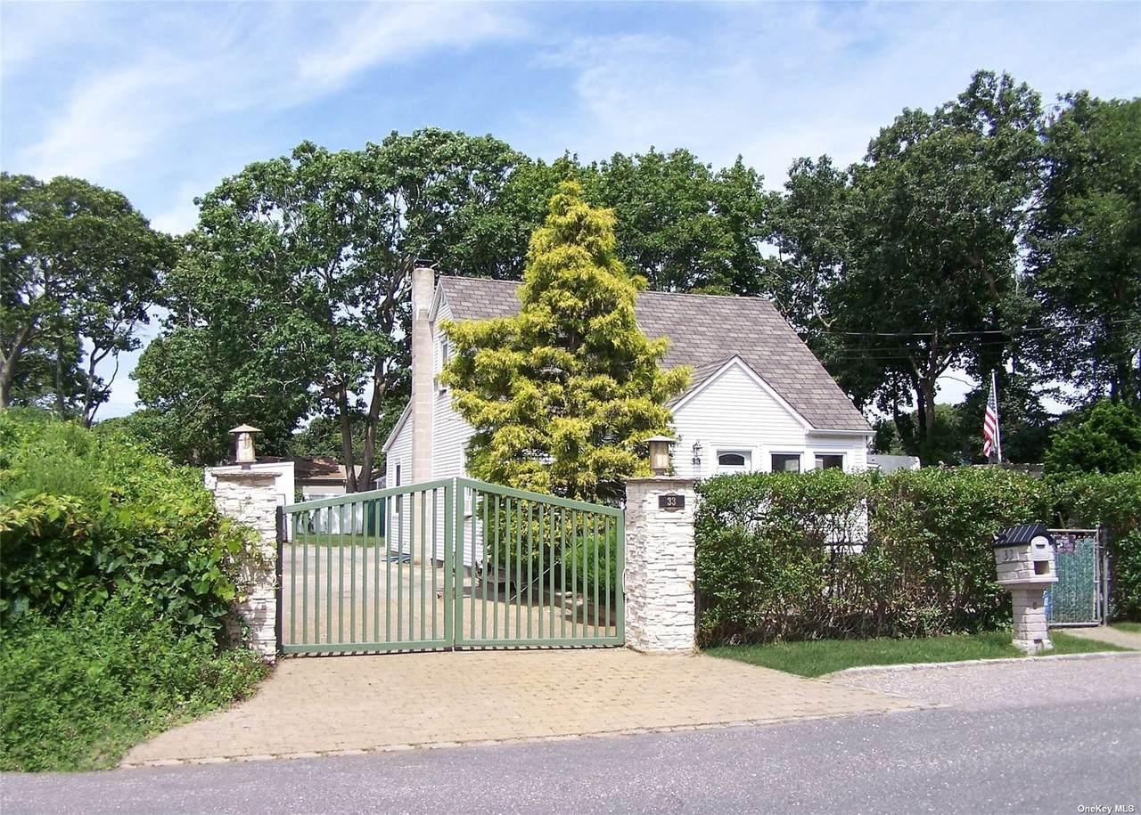 33 Manor Drive - Photo 1