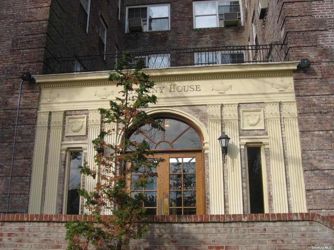 623 Central Avenue - Photo 1