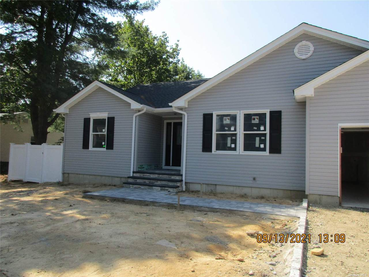 72 Forest Avenue - Photo 1