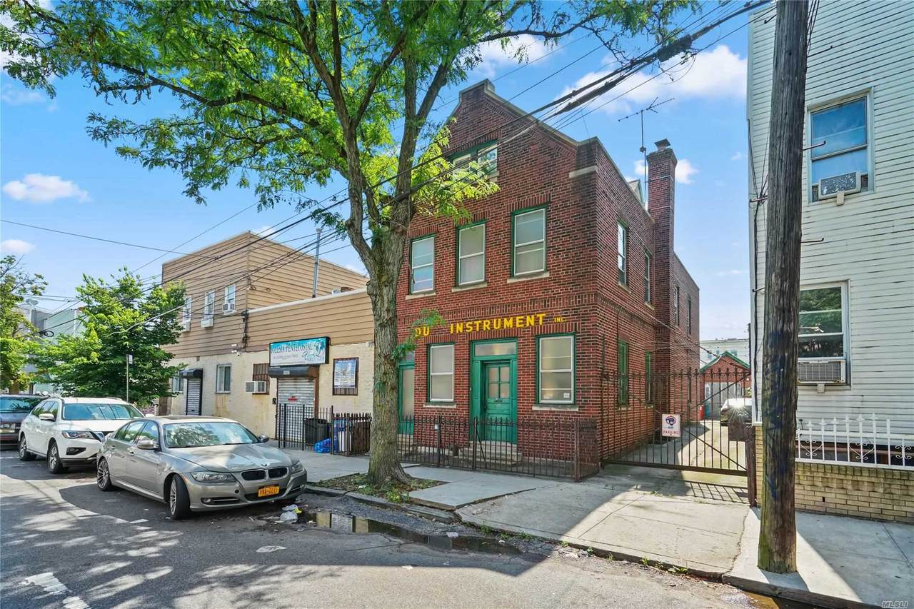 16-60 Stephen Street - Photo 1