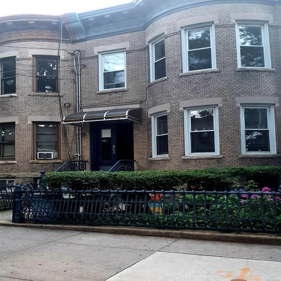 227 Grant Avenue - Photo 1