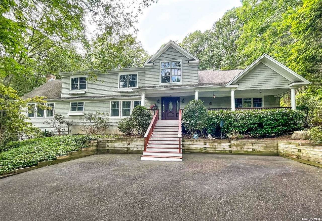 20 Spring Hollow Road - Photo 1