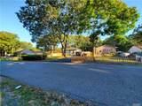 129 Shinnecock Avenue - Photo 3