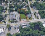 208-212 Carleton Avenue - Photo 3