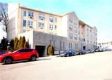400 Mount Pleasant Avenue - Photo 1