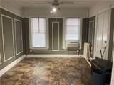2339 Beaumont 1st Flr Avenue - Photo 2