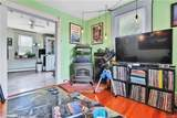 956 Wolcott Avenue - Photo 27