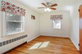 15 Young Avenue - Photo 6