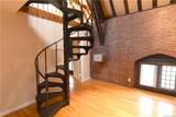313 Chateau Rive Avenue - Photo 8