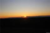 1095 Mountain Road - Photo 2