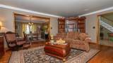 927 River Point Drive - Photo 10