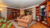 927 River Point Drive - Photo 9