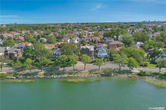 32 Boulevard, Malba, NY 11357 (MLS #3254581) :: Carollo Real Estate