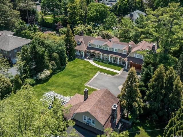 1054 Plandome Road, Manhasset, NY 11030 (MLS #3282443) :: Carollo Real Estate