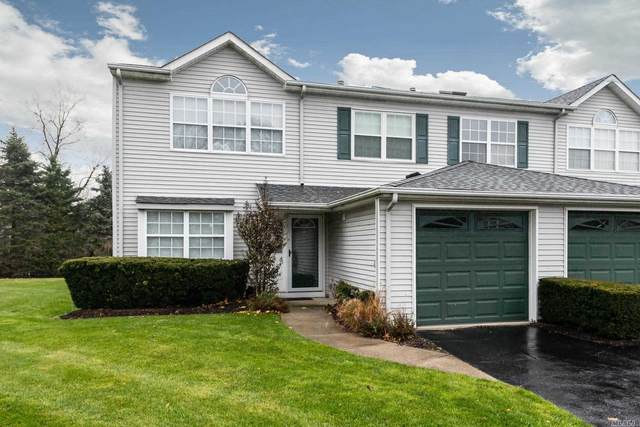 19 Horizon Ct, Huntington, NY 11743 (MLS #3182331) :: Mark Boyland Real Estate Team