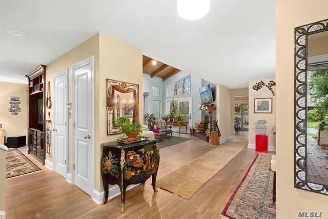 15 Wimbledon Court, Jericho, NY 11753 (MLS #3187228) :: Signature Premier Properties