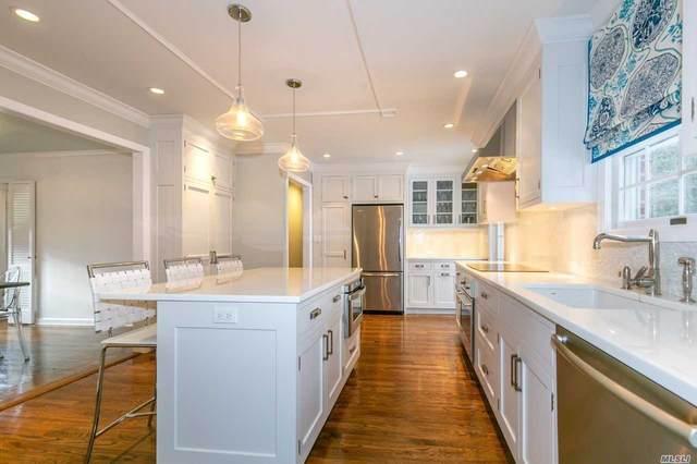 35 Sea Spray Drive, Centerport, NY 11721 (MLS #3189585) :: Signature Premier Properties