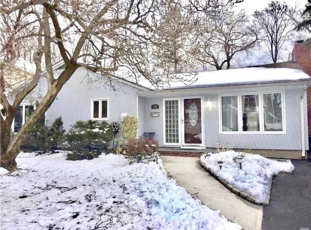 103 Southwood Circle, Syosset, NY 11791 (MLS #3189966) :: Signature Premier Properties