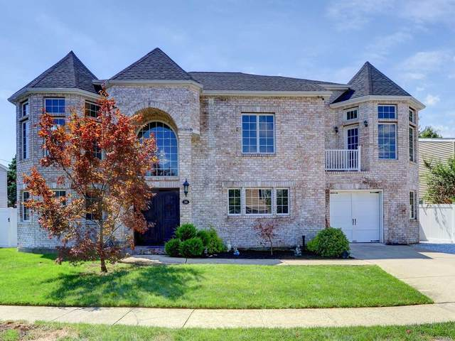 4 Toretta Lane, Farmingdale, NY 11735 (MLS #3191381) :: Frank Schiavone with William Raveis Real Estate
