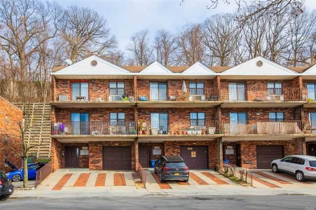 68-01 242 Street 29A, Douglaston, NY 11362 (MLS #3191409) :: Cronin & Company Real Estate
