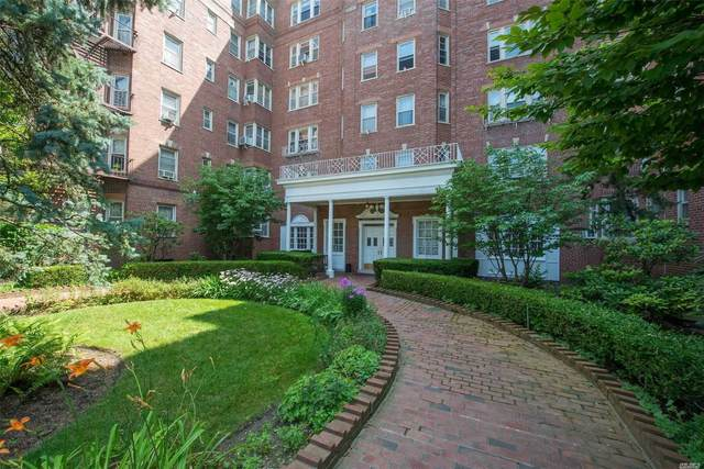 84-49 168 Street 5J, Jamaica Hills, NY 11432 (MLS #3192343) :: McAteer & Will Estates | Keller Williams Real Estate