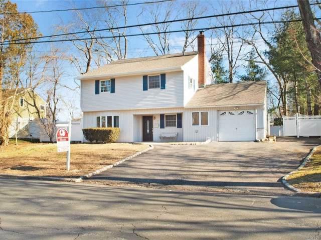 17 Fairview Lane, Huntington Sta, NY 11746 (MLS #3195582) :: Signature Premier Properties
