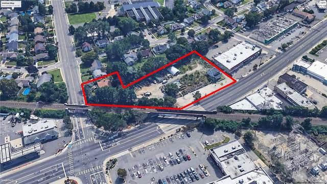 40 Hempstead, Farmingdale, NY 11735 (MLS #3199100) :: Signature Premier Properties