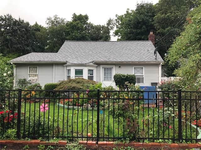 163 1st Avenue, Huntington Sta, NY 11746 (MLS #3199808) :: Signature Premier Properties