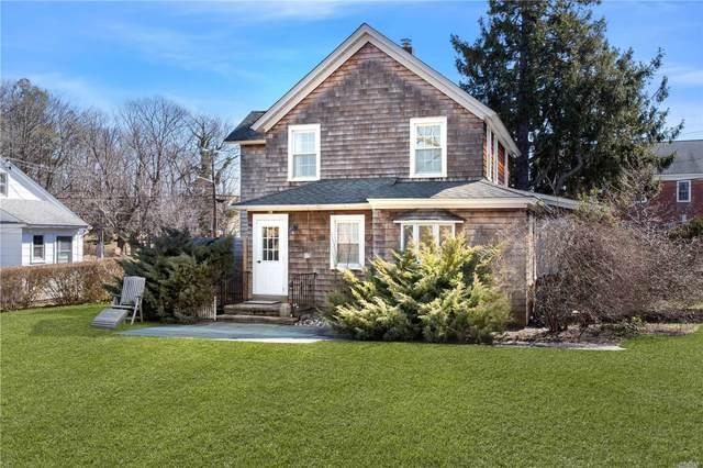 965 Pike Street, Mattituck, NY 11952 (MLS #3202386) :: Mark Boyland Real Estate Team