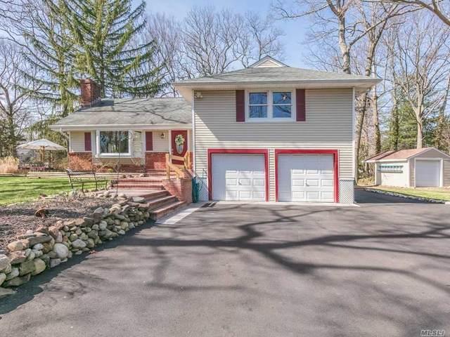 11 Upper Lane, Centerport, NY 11721 (MLS #3209363) :: Signature Premier Properties