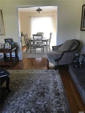 17 W Fourth Street, Locust Valley, NY 11560 (MLS #3209998) :: Signature Premier Properties