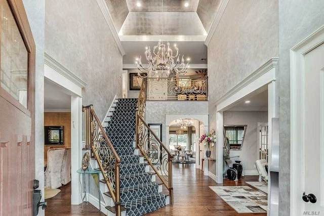 492 Wolf Hill Rd Rd, Dix Hills, NY 11746 (MLS #3210080) :: Signature Premier Properties