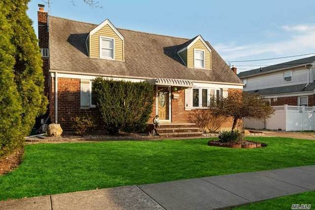 2124 Lincoln Avenue, East Meadow, NY 11554 (MLS #3210216) :: Signature Premier Properties