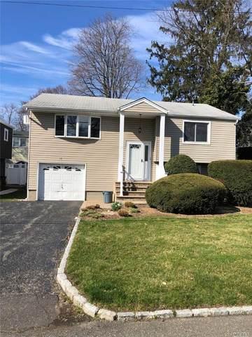 18 Sherman St, Huntington, NY 11743 (MLS #3210341) :: Signature Premier Properties