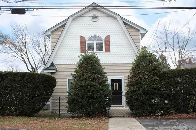 55 Henry Street, Huntington Sta, NY 11746 (MLS #3210484) :: Signature Premier Properties
