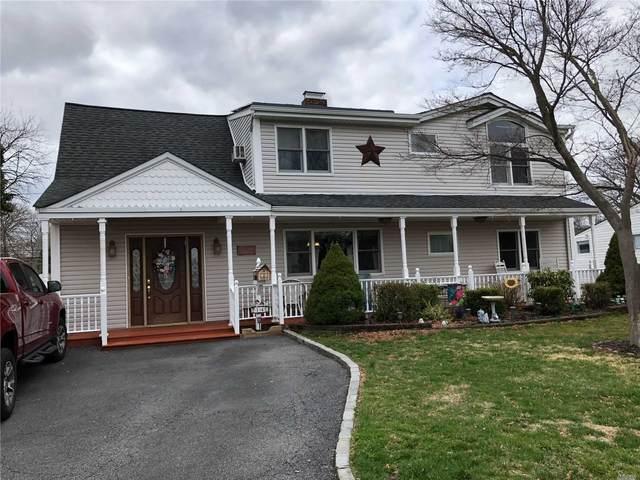 14 Old Hill Lane, Levittown, NY 11756 (MLS #3210533) :: Mark Boyland Real Estate Team