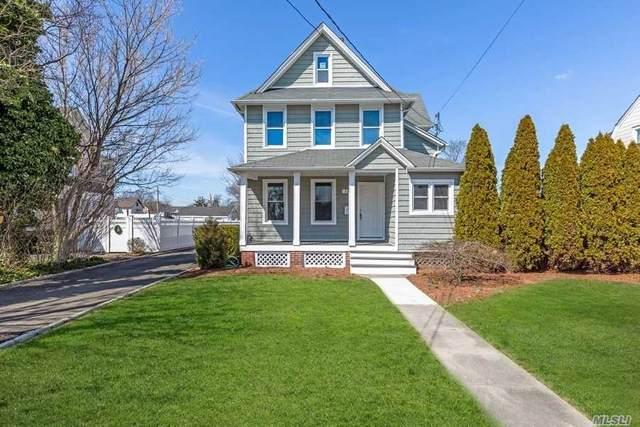 117 Carman St, Patchogue, NY 11772 (MLS #3210536) :: Signature Premier Properties
