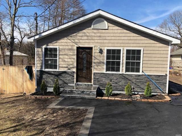 385 Mooney Pond Rd, Selden, NY 11784 (MLS #3210555) :: Mark Boyland Real Estate Team