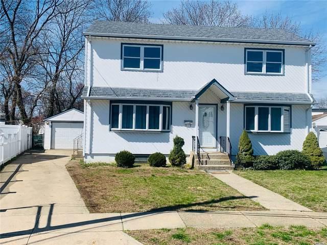 541 Maryann Ln, W. Hempstead, NY 11552 (MLS #3210569) :: Mark Boyland Real Estate Team