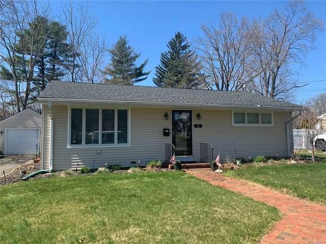 58 Oak Ave, Smithtown, NY 11787 (MLS #3210855) :: Signature Premier Properties