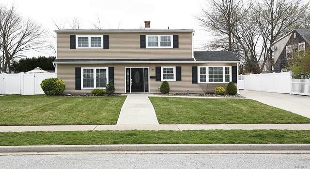 39 Rope Ln, Levittown, NY 11756 (MLS #3210908) :: Signature Premier Properties