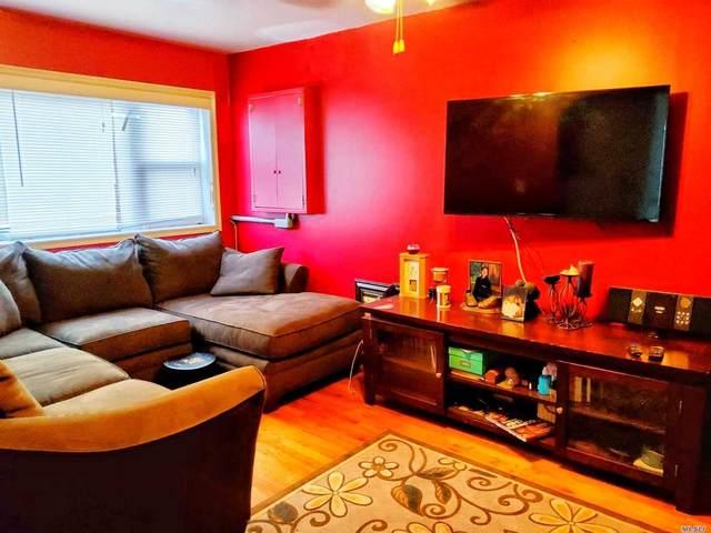 102-12 188th Street, Hollis, NY 11423 (MLS #3210943) :: Mark Boyland Real Estate Team