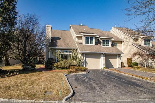 1 Doral Lane, Bay Shore, NY 11706 (MLS #3211693) :: Mark Seiden Real Estate Team