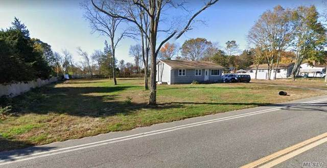 1555 Osborn Avenue, Riverhead, NY 11901 (MLS #3217006) :: Cronin & Company Real Estate