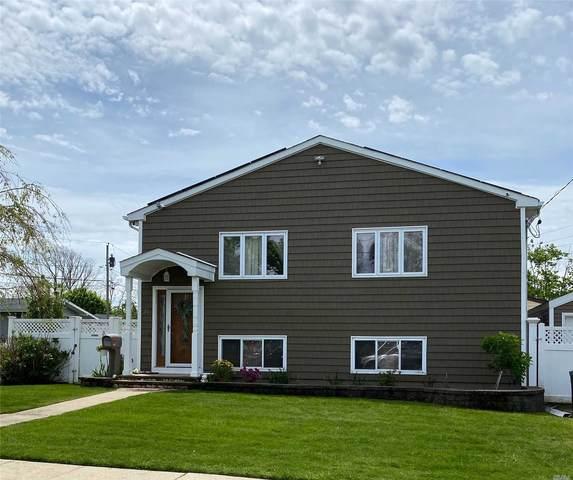 24 India Pl, Amity Harbor, NY 11701 (MLS #3217045) :: Cronin & Company Real Estate