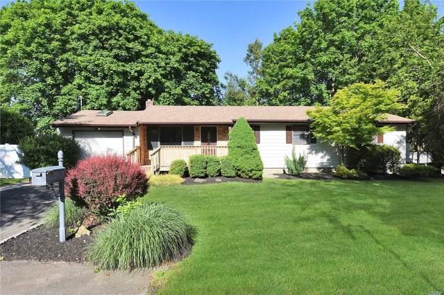 24 Carlson Lane, E. Northport, NY 11731 (MLS #3217900) :: Mark Boyland Real Estate Team