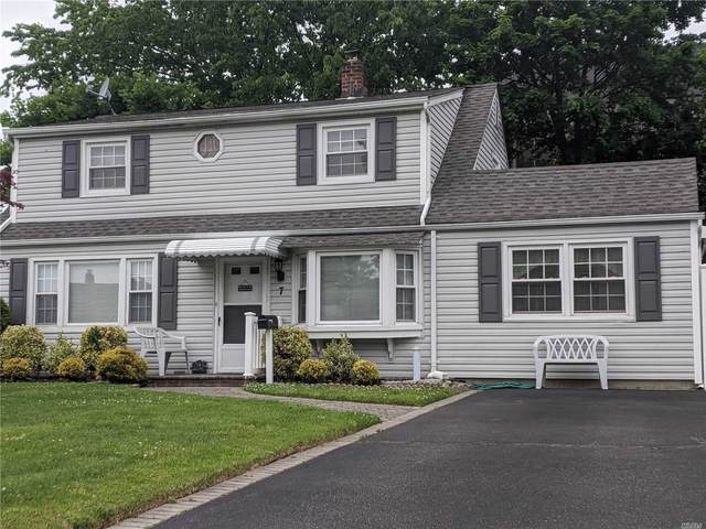 7 Bell Ln, Levittown, NY 11756 (MLS #3217985) :: Mark Boyland Real Estate Team