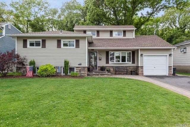 1364 Lakeshore Dr, Massapequa Park, NY 11762 (MLS #3218034) :: Signature Premier Properties