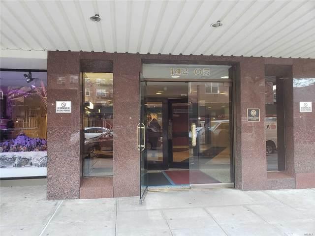 142-05 Roosevelt Avenue #310, Flushing, NY 11354 (MLS #3218204) :: The McGovern Caplicki Team